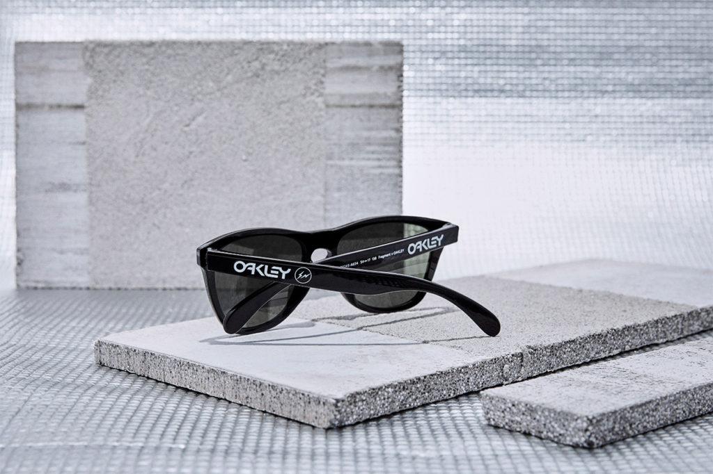 FROGSKINS XS Fragment フレーム:Polished Black レンズ:Dark Grey ¥17,400 +TAX