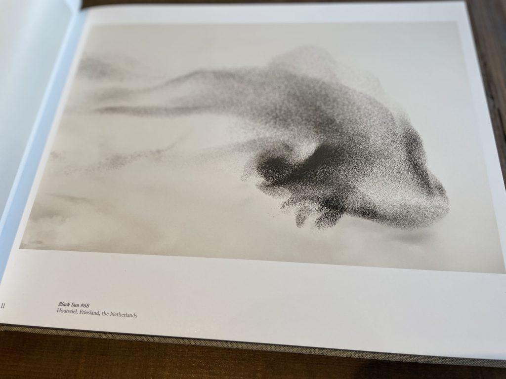 Søren Solkær の写真集 『black sun』