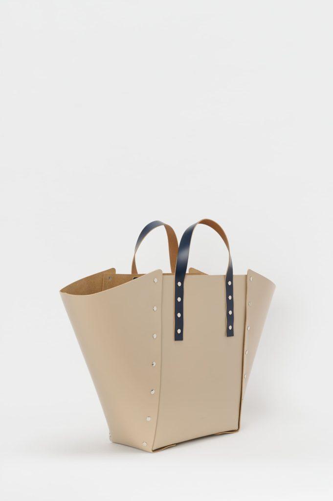 Hender Scheme assemble hand bag